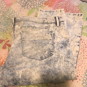 Mossimo Mid Rise Acid Wash Jeggings